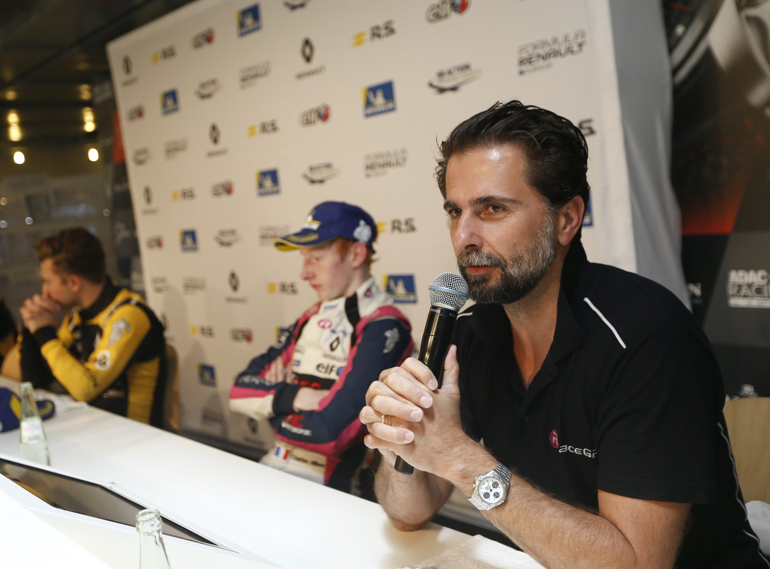 R-ace GP conference de presse